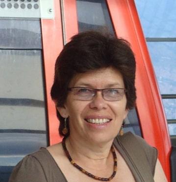 <b>Gloria Aponte</b>